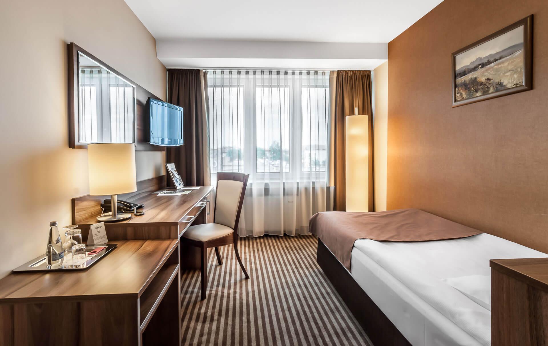 Zdjęcie - Pokój jednoosobowy - Hotel Beskid****